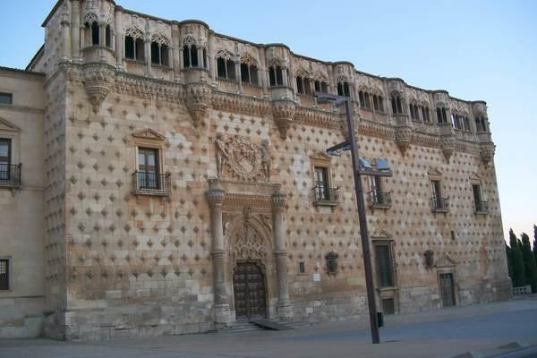 palacio-infantado
